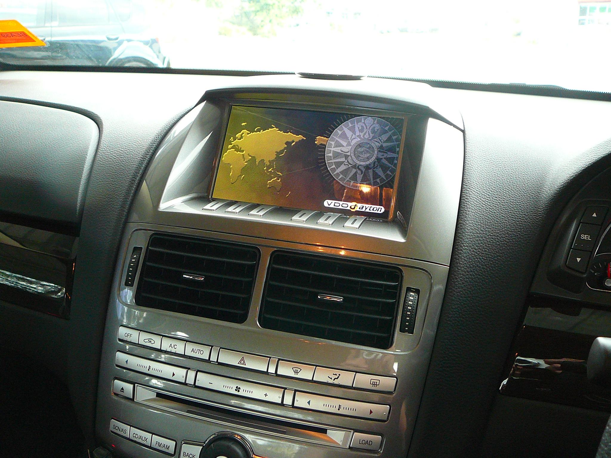 Ford Falcon F6E 2010, VDO MS5200FG GPS Navigation