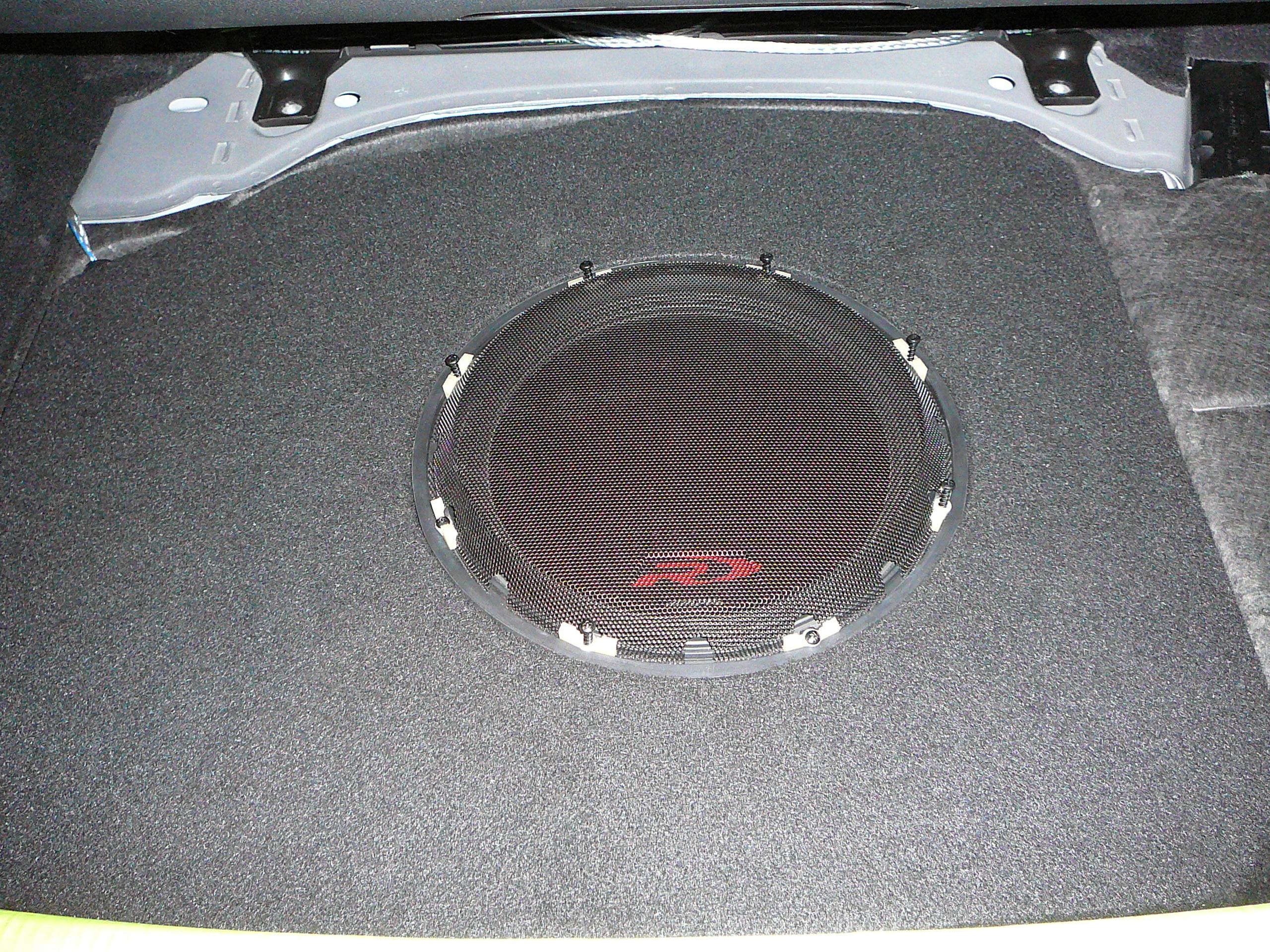Mercedes Benz E Class Custom Subwoofer & Amplifier