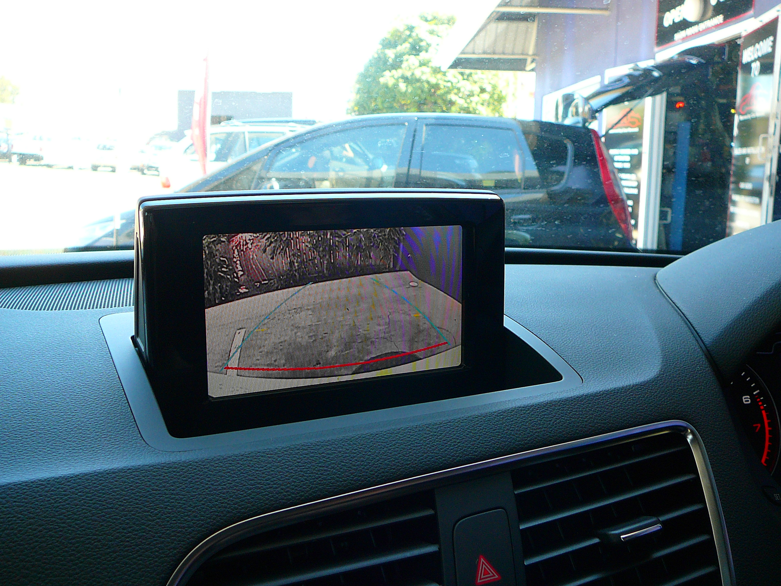 Audi Q3 GPS Navigation Touch Screen System