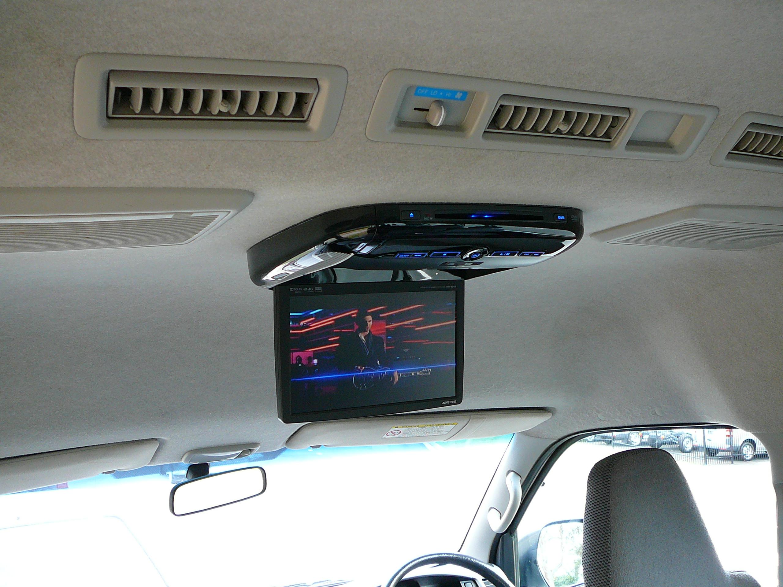 Toyota Hiace, Alpine DVD Roof Screen – Dedicated Rear Speakers
