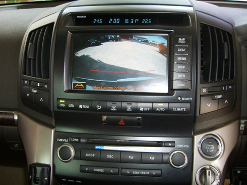 Toyota Landcuiser 200 Series Sahara with Caravan Camera or 4wd Map option
