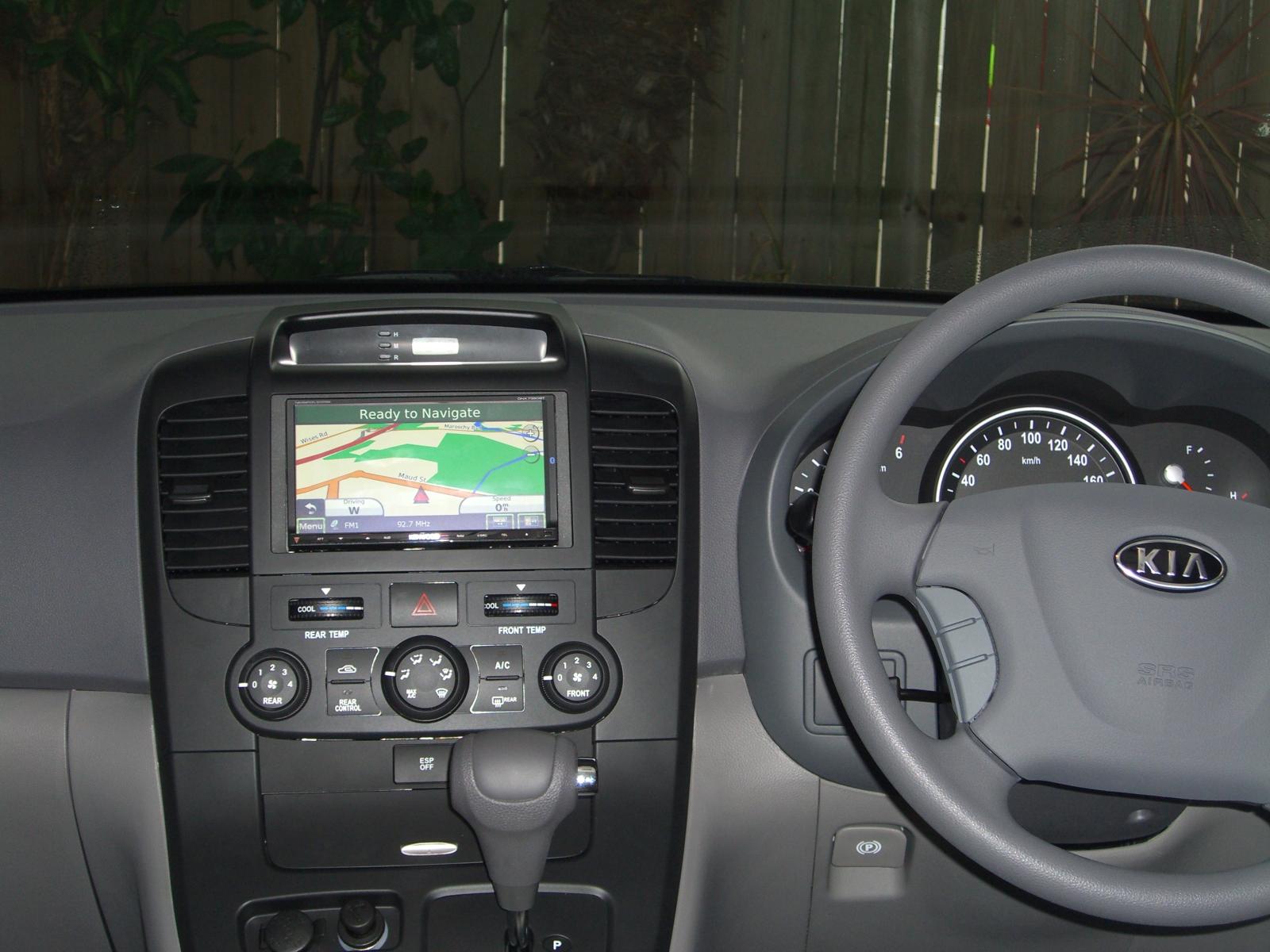 Kia Carnival 2010 – Maroochy Car Sound