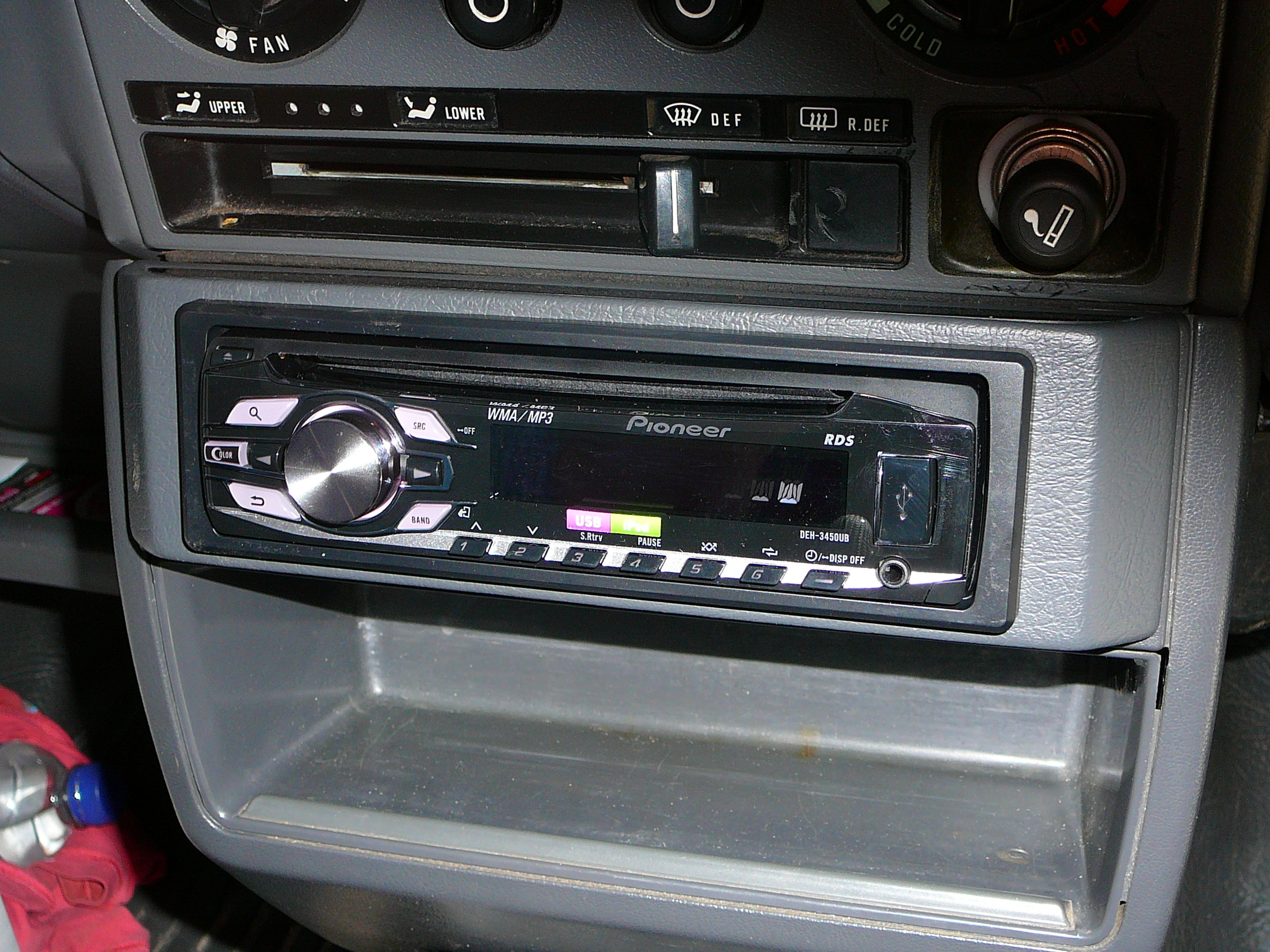 Subaru Brumby, Pioneer CD Radio Headunit and dash kit installation