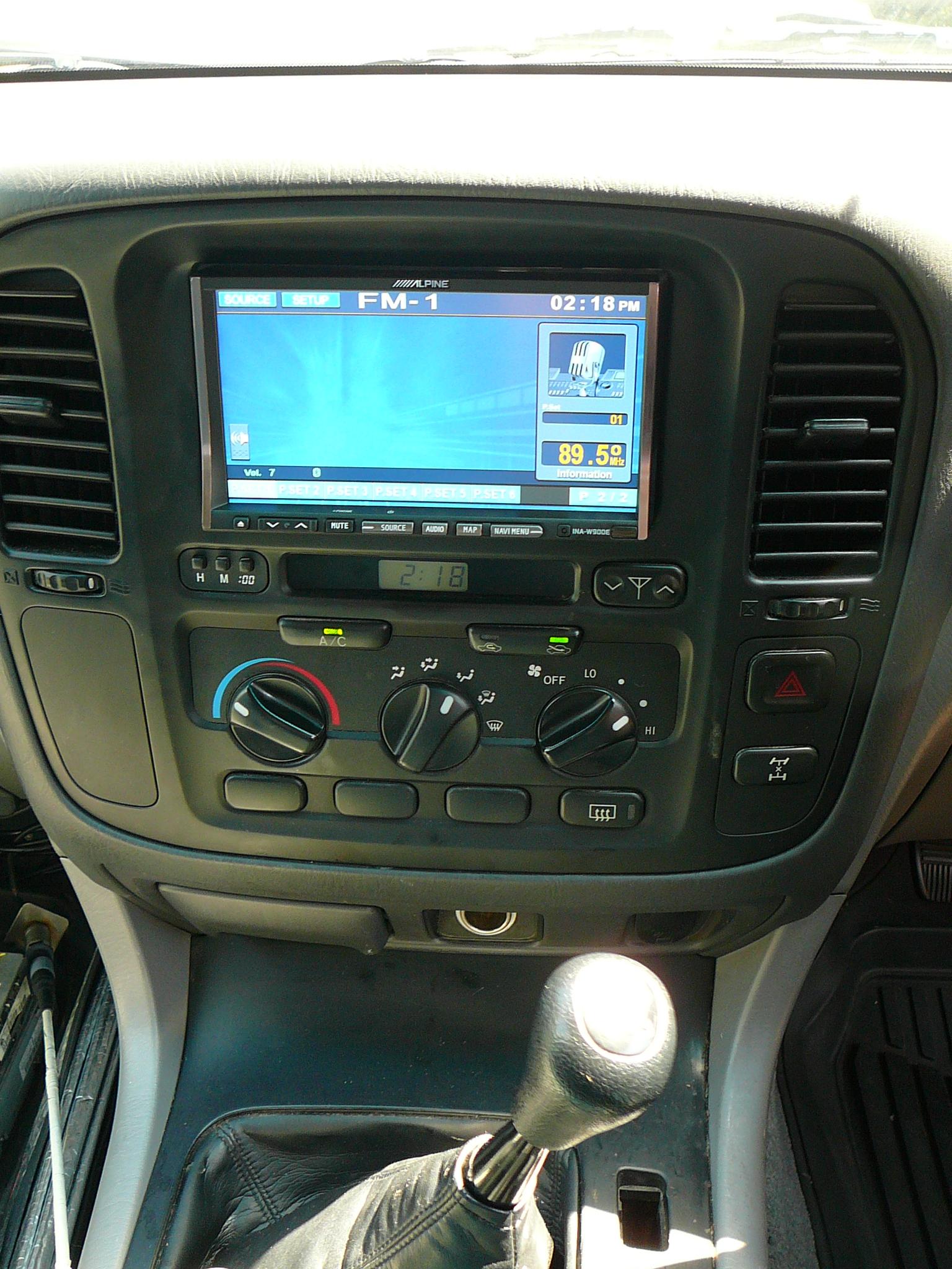 Brake Controller Installation >> Toyota Landcruiser 100 Series, with Alpine GPS Navigation
