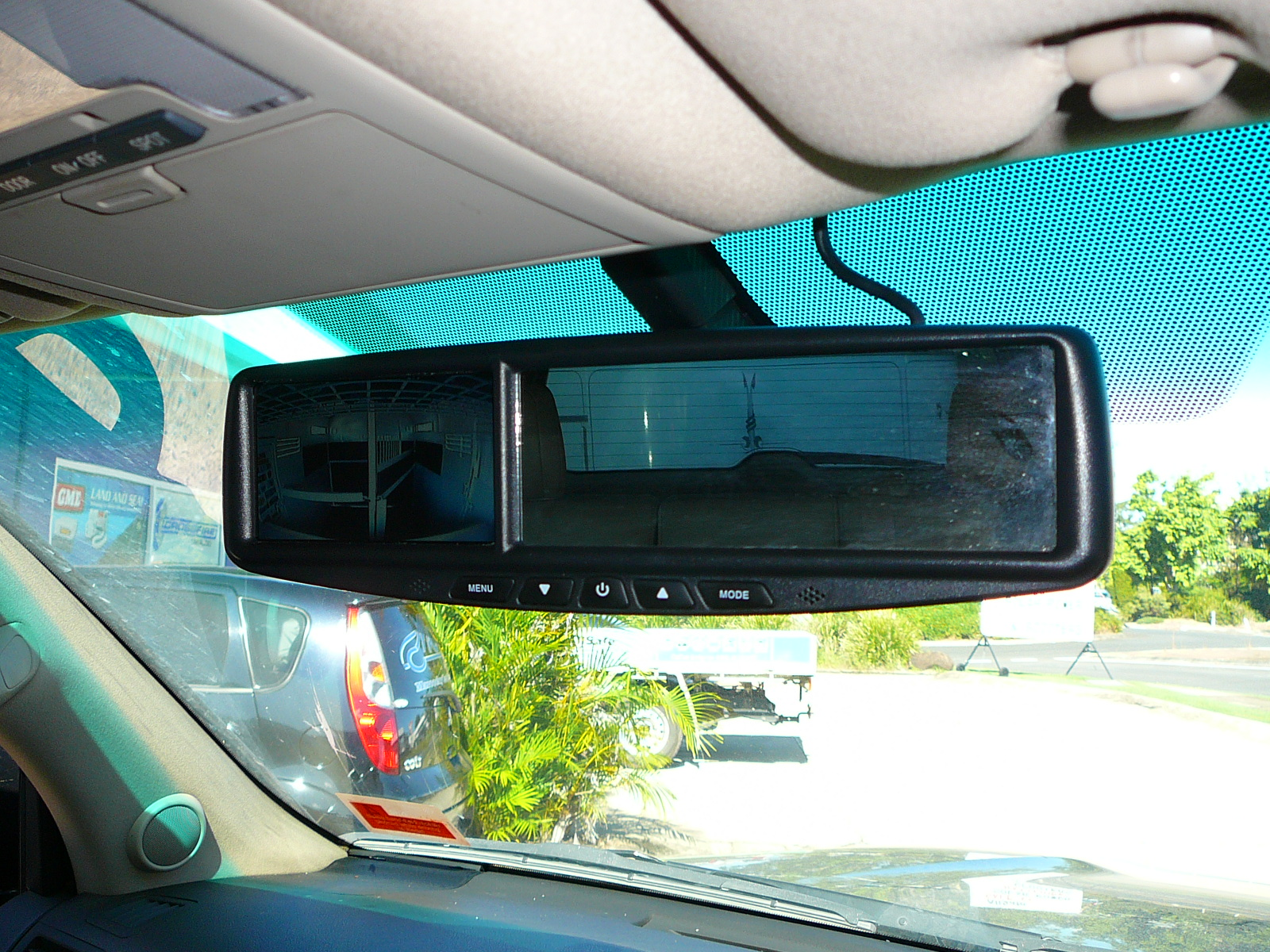 Toyota Landcruiser Series And Horse Float Dual Camera Setup With Reverse Mirror Monitor