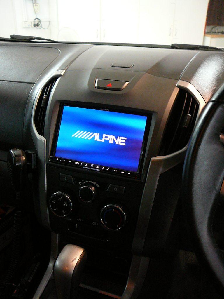 Holden Colorado Alpine X800 Gps Navigation System