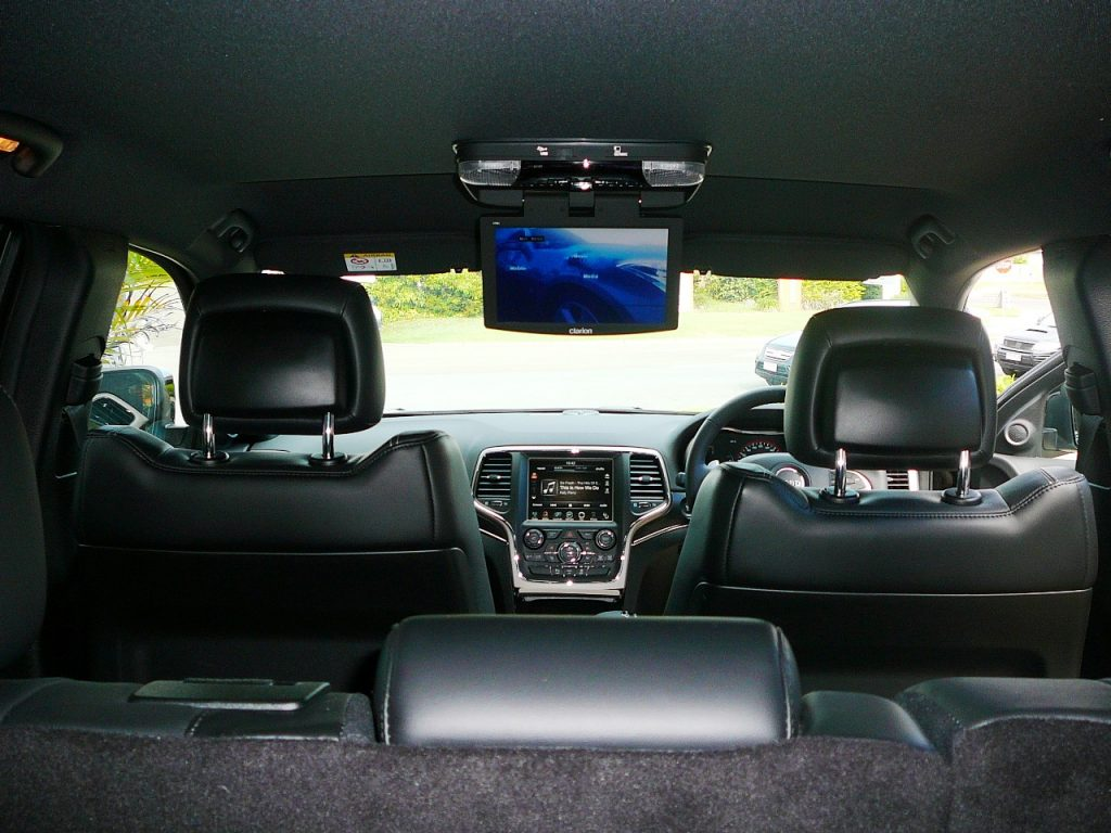 Jeep Grand Cherokee  Clarion Vtm1 Dvd Usb Roofscreen