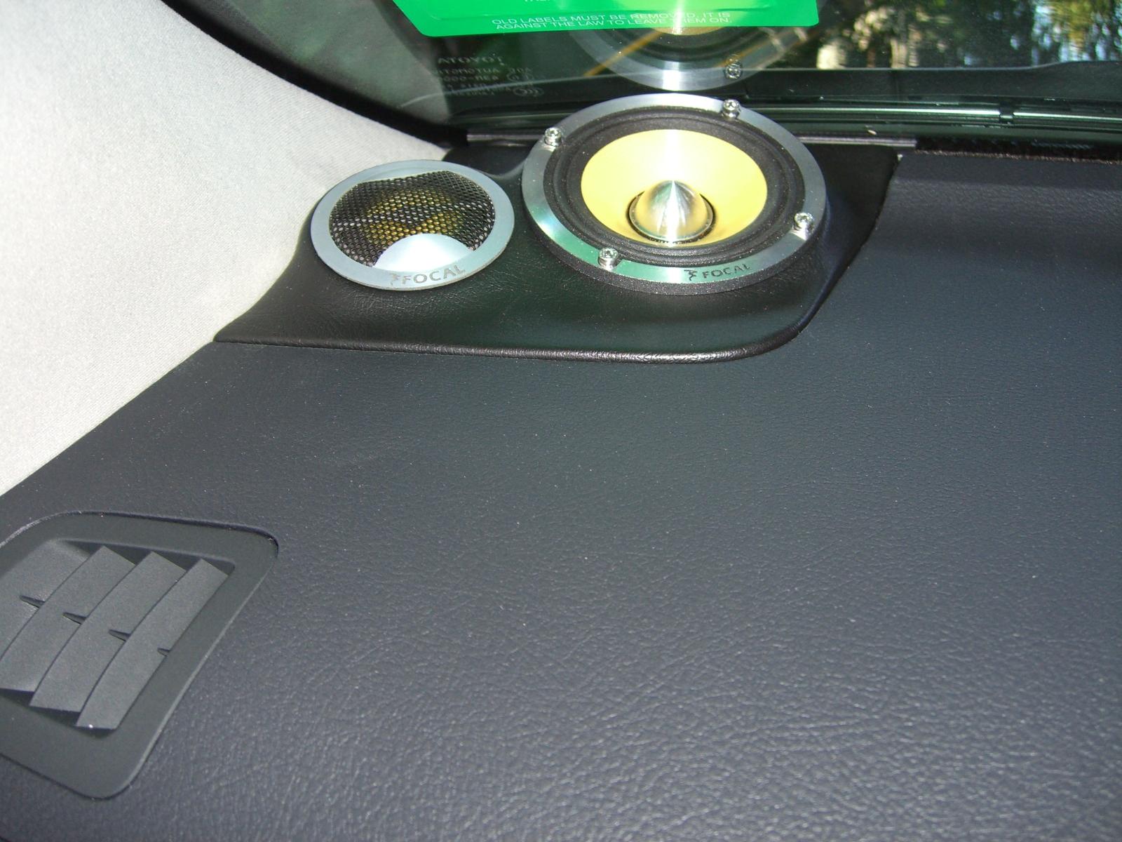 Toyota Landcruiser 200 series VX, GPS Navigation, Focal