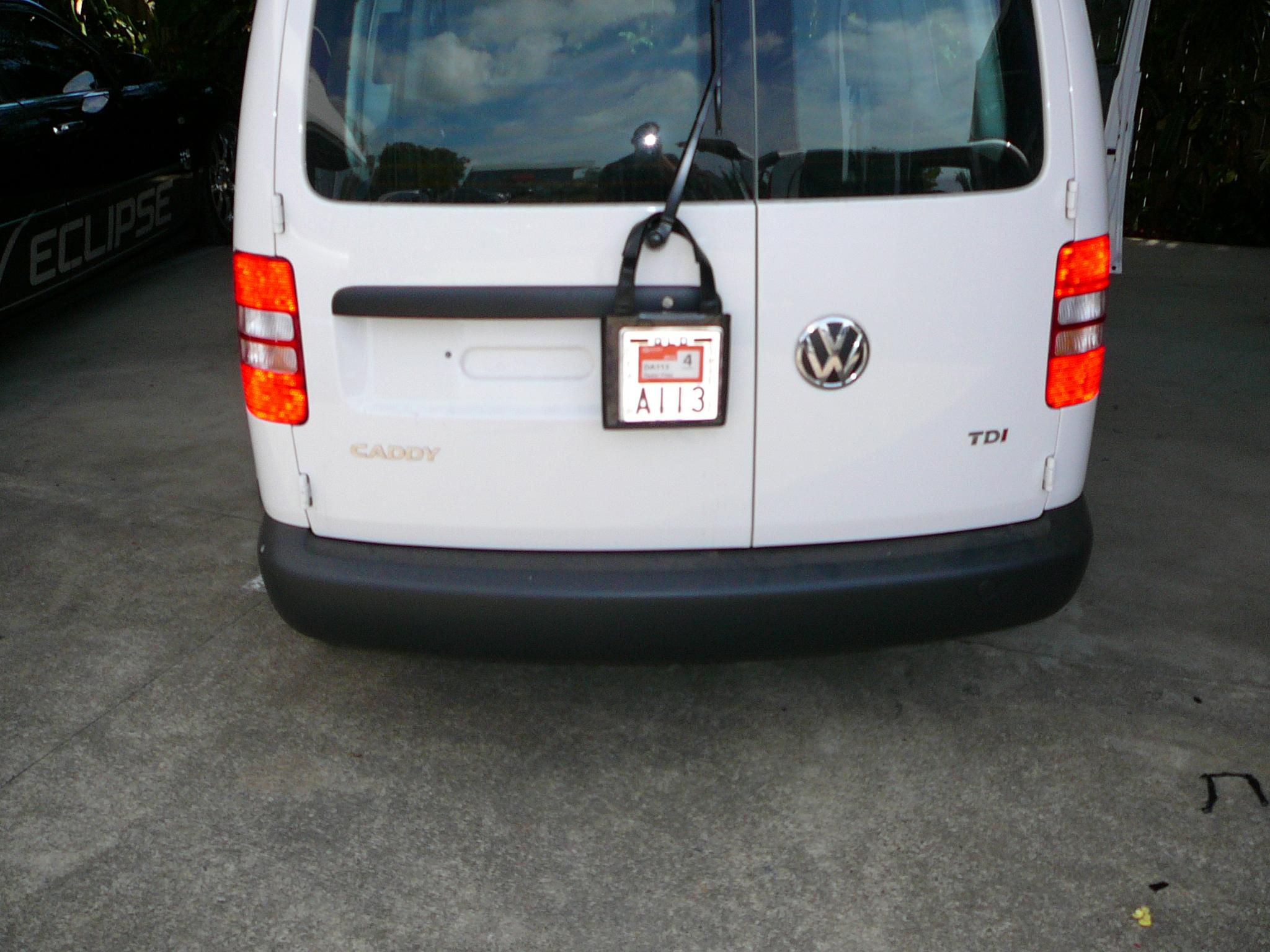 VW Caddy 2011, Parrot phone kit install – Maroochy Car Sound